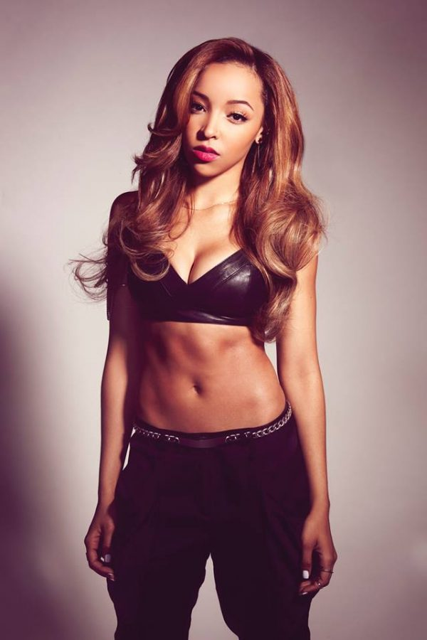 tinashe thatgrapejuice 600x900 Watch: Tinashe Rocks Wendy Williams With 2 On