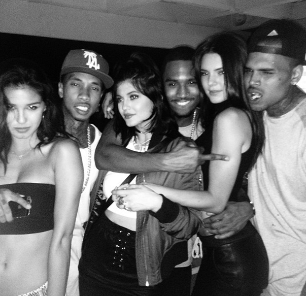 tyga thejennersisters trey songz chris brown that grape juice Hot Shot: Chris Brown & Trey Songz Pose It Up With The Kardashians