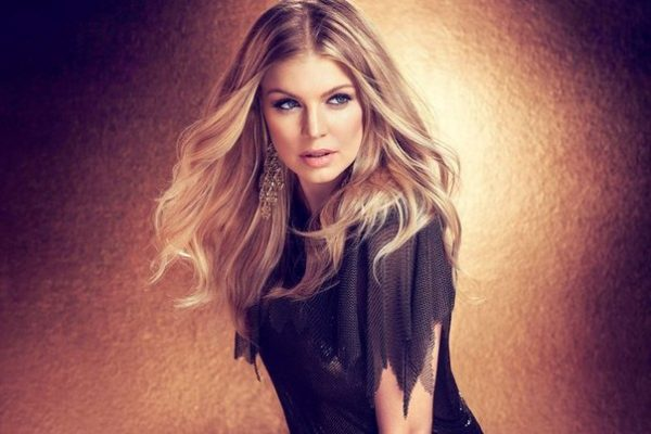 fergie new album thatgrapejuice 600x400 Watch: Fergie Dishes On New Solo Album On Chelsea Lately