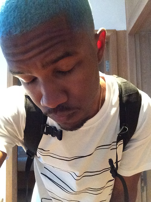 frank ocean blue thatgrapejuice Hot Shot: Frank Ocean Dyes Hair Blue