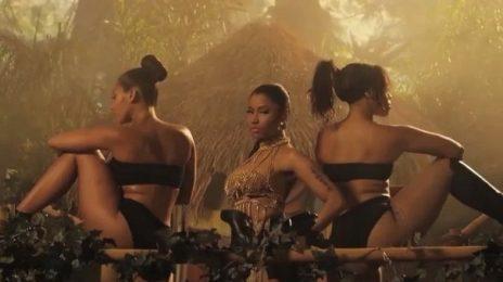Sneak Peek: Nicki Minaj - 'Anaconda' Video