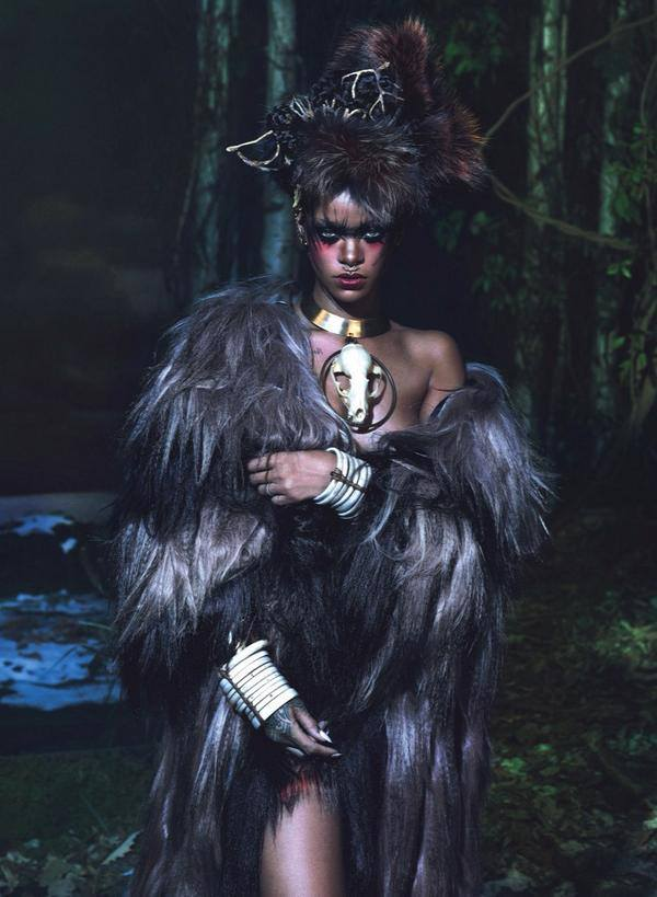 rihanna 123 3 Rihanna Wows In W Magazine With Naomi Campbell & Iman