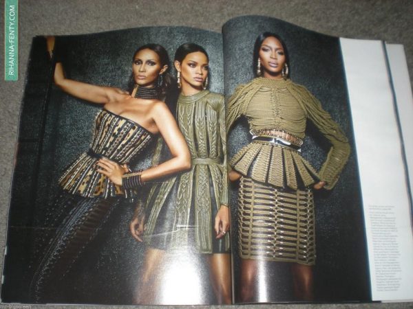 rihanna w mag thatgrapejuice 3 600x450 Rihanna Wows In W Magazine With Naomi Campbell & Iman