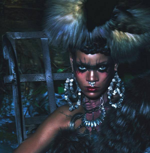 rihanna www Rihanna Wows In W Magazine With Naomi Campbell & Iman