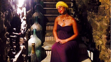 Alicia Keys Sports Proud Baby Bump As Baby #2 Is Due In December