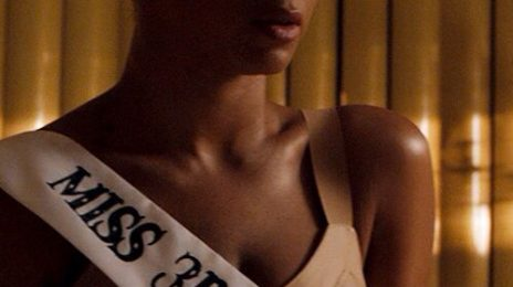 "Annie Lennox Brands Beyonce ""Feminist- Lite"""