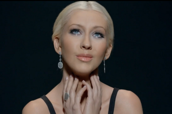 christina aguilera 2014 thatgrapejuice 600x397 Rejoice: Christina Aguilera Readying Back To Basics Sound For New Album