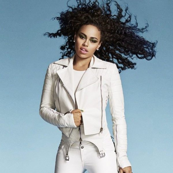 elle-varner-that-grape-juice-2014-111