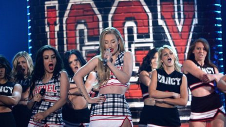 Iggy Azalea & Ariana Grande To Perform At 'Saturday Night Live' Season 40 Premiere