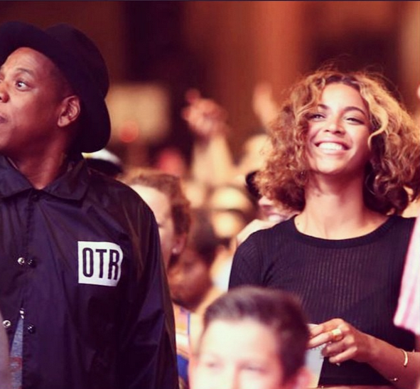 jay z beyonce that grape juice 2014 100 Watch: Beyonce & Jay Z Turn Heads At Made In America