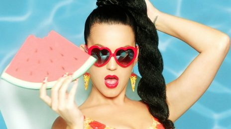 Behind the Scenes:  Katy Perry - 'This Is How We Do' Video