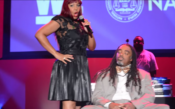 traci braxton that grape juice 2014 600x374 Watch: Traci Braxton Serves Up Unfortunate Performance In Washington DC