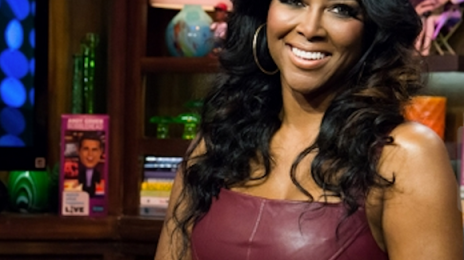"""Tamar Braxton Shares Thoughts On """"Thirsty"""" Kenya Moore / Moore Claps Back On Twitter"""