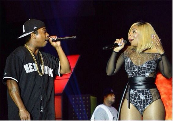 ashanti4 Hot Shots:  Ashanti Shows Up & Out In Nigeria With...Ja Rule
