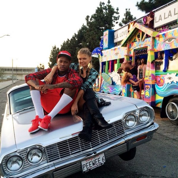 fergie la love 1a thatgrapejuice 600x600 Hot Shots: Fergie Shoots L.A Love (La La) Video