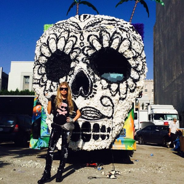 fergie la love 4 thatgrapejuice 600x600 Hot Shots: Fergie Shoots L.A Love (La La) Video