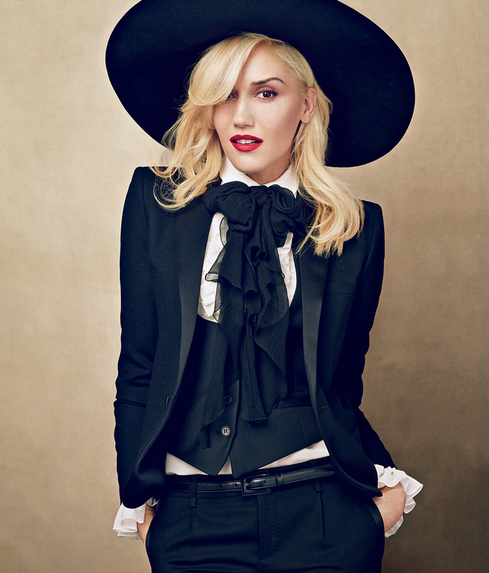 gwen stefani that grape juice she is diva  Gwen Stefani Manager Spills New Info On Singers New Album