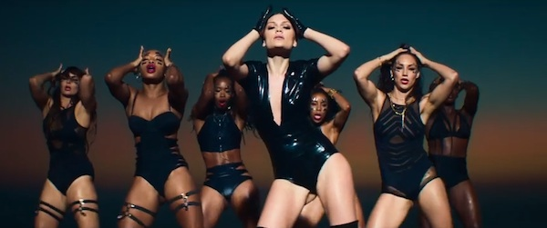jessie j burnin up video thatgrapejuice New Video: Jessie J   Burnin Up (ft. 2 Chainz)
