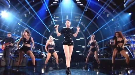 Must See: Jessie J Blows The Roof Off With 'Bang Bang / Burnin' Up' Medley On 'Dancing With The Stars'