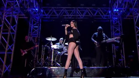 Watch: Jessie J Blazes MOBO Awards With 'Bang Bang / Burnin' Up' Medley