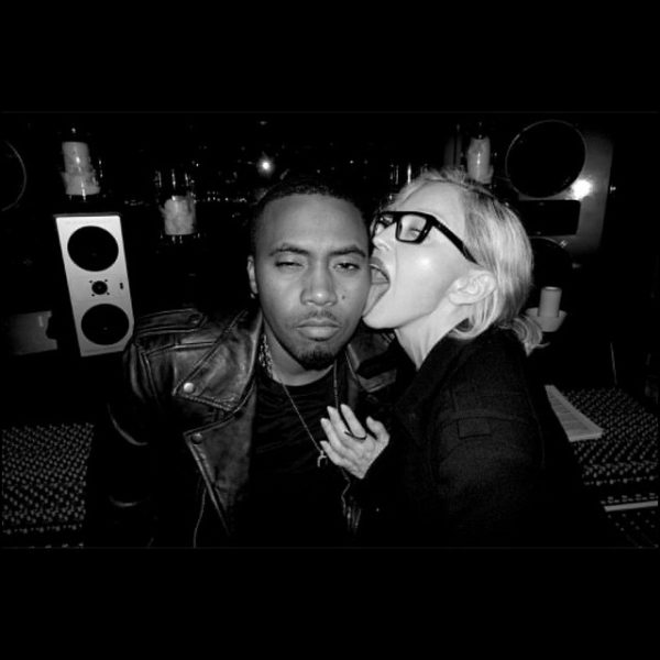 madonna nas thatgrapejuice 600x600 Madonna Hits Studio With Nas / Licks Rappers Face