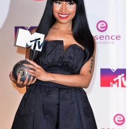 Watch: Nicki Minaj Live At The 'MTV European Music Awards 2014 (Full Performance)'