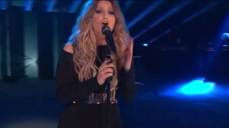 Watch: Ella Henderson Performs 'Ghost' On 'The Voice'