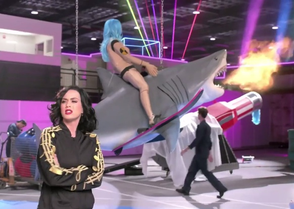 katy perry superbowl ad thatgrapejuice Katy Perry Releases Superbowl Commercial / Throws Jabs At Lady GaGa?