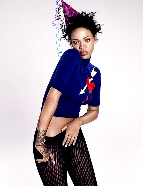 rihanna tgj thatgrapejuice r8 thatgrapejuice Finally: Rihanna Previews Material From New Album