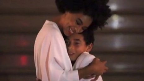 Must See: Solange Dances To 'No Flex Zone' With Son Julez At Wedding