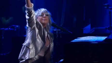 Watch: Lady GaGa Rocks Kennedy Center Honors / Earns Ovation From Obama's
