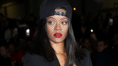 Rihanna - 58/218 -   ::That Grape Juice net::   - Thirsty?