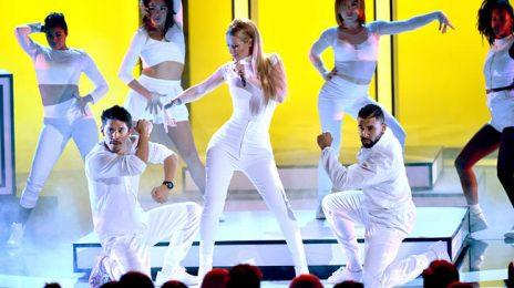 Watch:  Iggy Azalea Rocks 2015 'People's Choice Awards' With 'Beg For It'