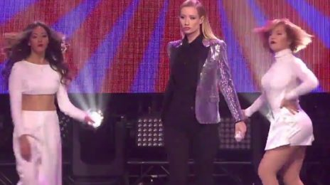 Watch: Iggy Azalea & Nick Jonas Perform On 'New Year's Rockin' Eve'