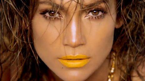 Jennifer Lopez Performs Toni Braxton's 'Unbreak My Heart' Live In Las Vegas