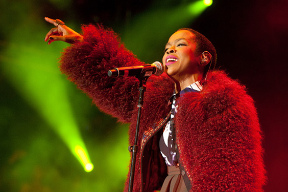 lauryn-hill-that-grape-juice-2015