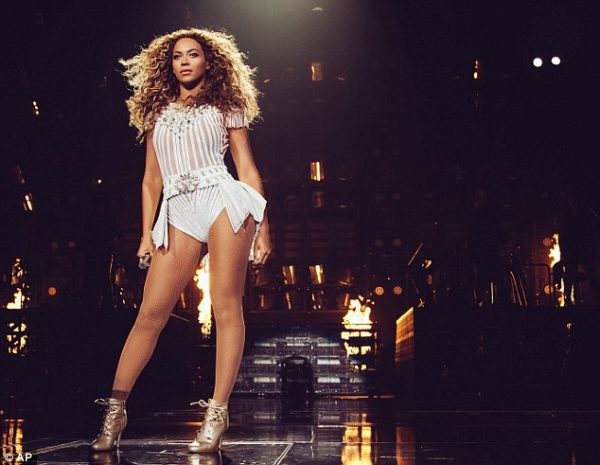 beyonce-grammys-2015-thagrapejuice