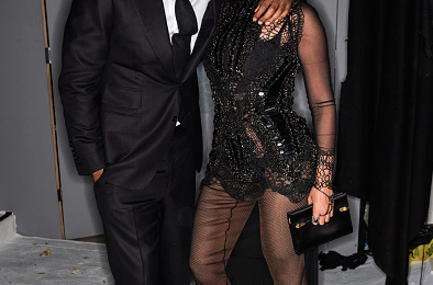 Hot Shot: Beyonce & Jay Z Pose At Tom Ford Fashion Show