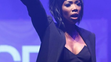 Hot Shots: Brandy Rocks ESSENCE Black Women In Music Gala