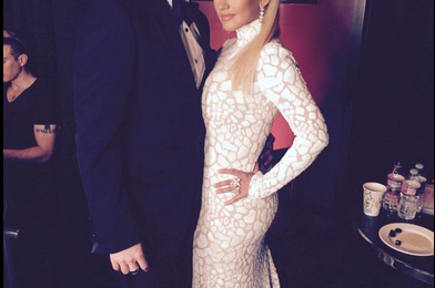 Hot Shots:  Christina Aguilera Shows Off Post-Baby Bod In Hot White Dress