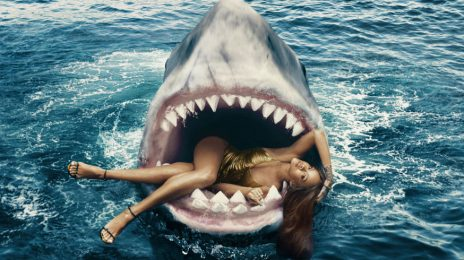 Dangerous Diva: Rihanna Swims With Sharks For 'Harper's Bazaar'