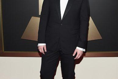 Red Carpet Arrivals: 2015 Grammy Awards