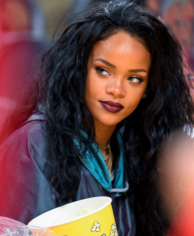 rihanna-that-grape-juice-2015-890000