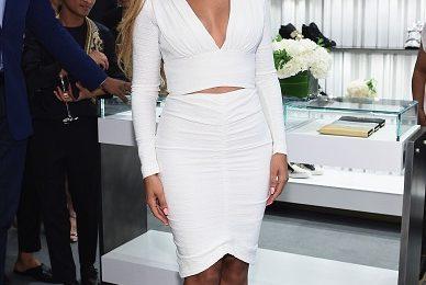 Hot Shots: Beyonce Beams At Giuseppe Zanotti Store Opening