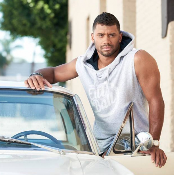 russell-wilson-that-grape-juice-910108181910110