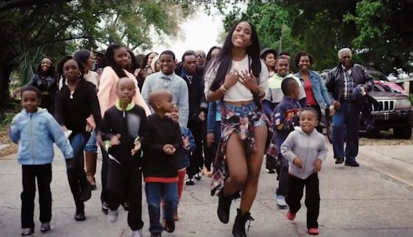 sevyn-streeter-4th-street-video-thatgrapejuice