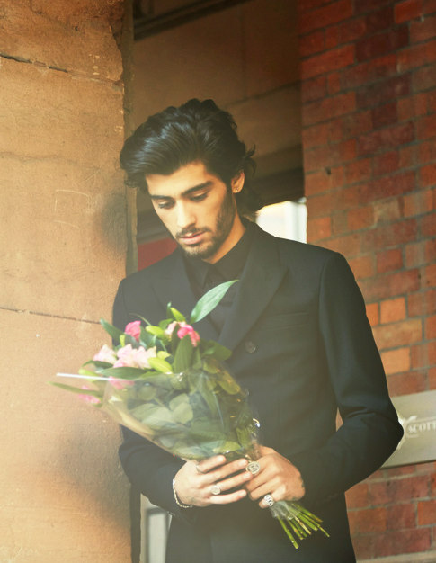 zayn-malik-that-grap-juice-2015-11111