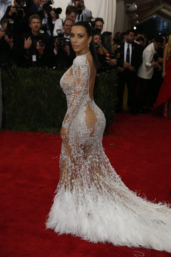 kim kardashian - roberto cavalli - thatgrapejuice - 2015 met gala