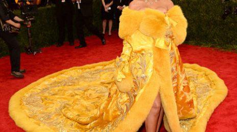 Hot Shots:  Beyonce, Lady Gaga, & Rihanna Rock Red Carpet of 2015 Met Gala