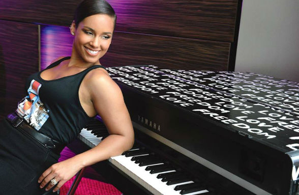 alicia-keys-that-grapejuice2015-800000